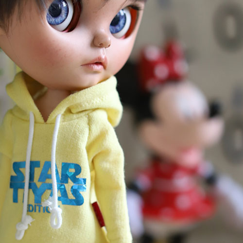 Blythe STAR TTYA Hooded T - Yellow