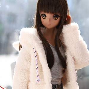 SD13 GIRL&Smart Doll Bear hooded fur jacket - White